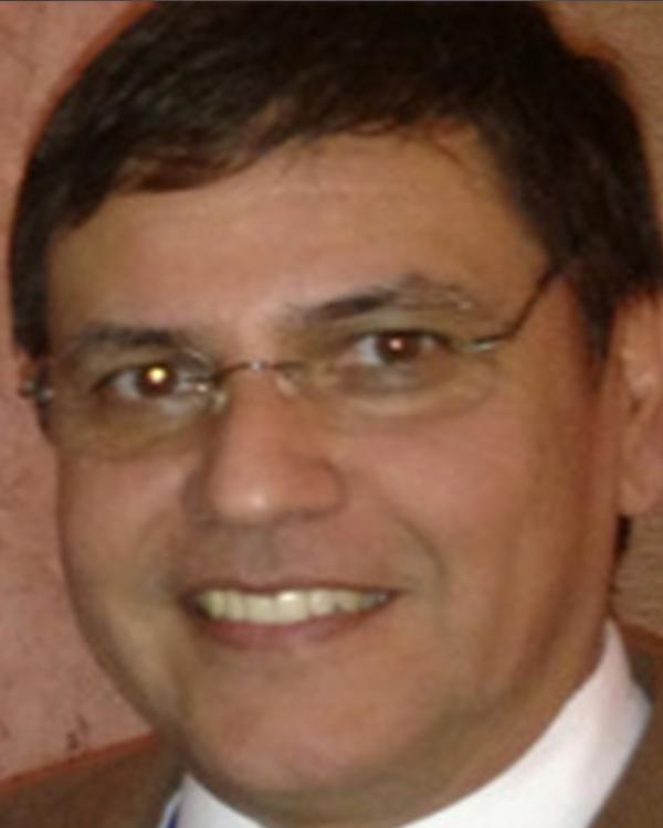 Carlos Velasco, MD